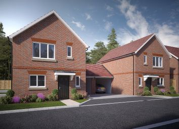 Thumbnail 3 bed link-detached house for sale in Spring Wood Close, Bunces Lane, Burghfield Common, Berkshire