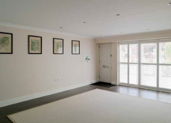 Thumbnail 2 bed link-detached house for sale in Clapham, London