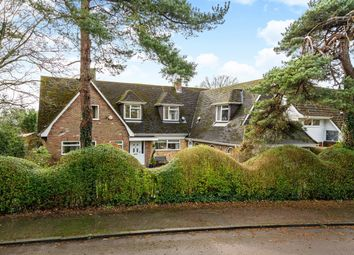Thumbnail 6 bed detached house for sale in Park Avenue South, Harpenden, Hertfordshire