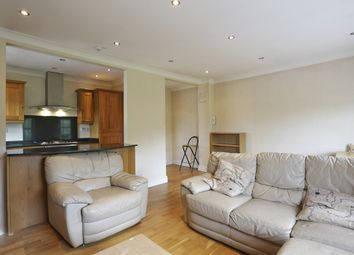 Thumbnail 1 bed flat to rent in North Side Wandsworth Common, London