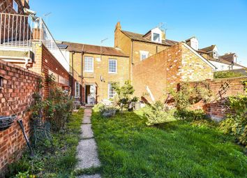 Thumbnail 3 bed cottage for sale in Craven Road, Berkshire
