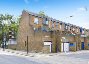 Thumbnail 4 bed flat to rent in Samuel Close, Pownall Road, Hackney