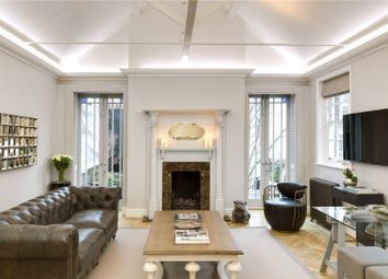 Thumbnail 4 bedroom flat to rent in North Audley Street, Mayfair, London