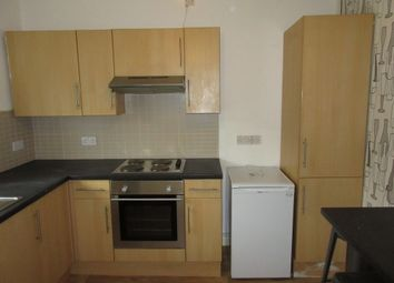 3 bed flat to rent in Wolfe Road, Foxhill, Sheffield S6