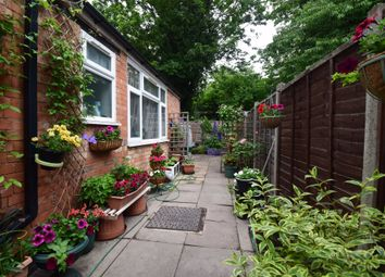 Thumbnail 5 bed end terrace house for sale in Winchester Ave, Leicester, Leicestershire