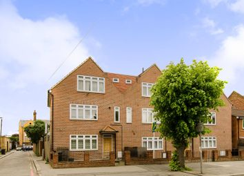 Thumbnail 2 bed flat to rent in Stanford Road, Norbury