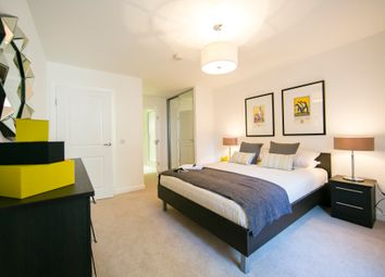 Thumbnail 2 bed flat to rent in Lindfield Street, Poplar