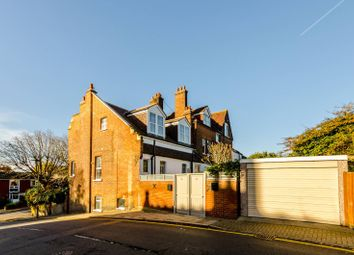 Thumbnail 2 bed maisonette for sale in Highland Road, Bromley