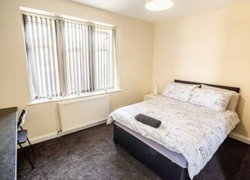 Thumbnail 4 bed flat to rent in Mount Pleasant, Lockwood Road, Huddersfield