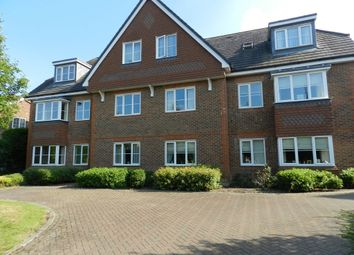 Thumbnail 2 bed flat to rent in Brewer Road, Crawley