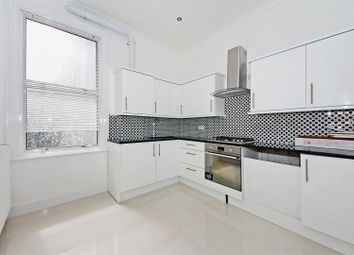 3 bed maisonette to rent in Clifford Gardens, Kensal Rise, London NW10