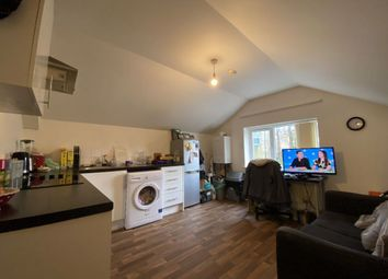 1 bed flat to rent in Gordon Road, Roath, Cardiff CF24