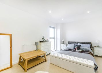 Thumbnail 1 bed flat to rent in Milner Road, Wimbledon