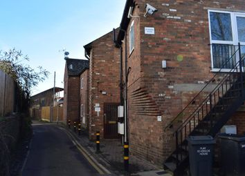 Thumbnail 1 bedroom flat to rent in Lutfield Lane, High Wycombe