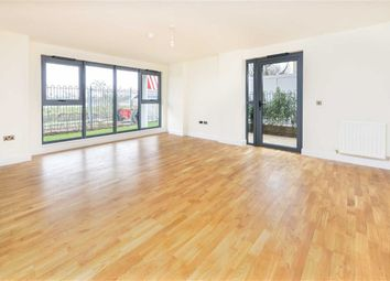 Thumbnail 3 bed flat to rent in Green Lanes, Manor House