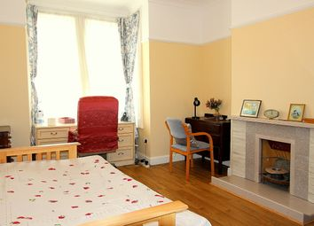 Thumbnail 3 bed flat to rent in Highshore Road, London