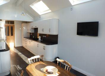 Thumbnail 2 bedroom maisonette to rent in Newton Road, Mumbles