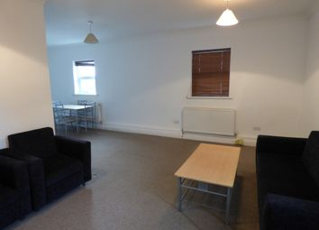 Thumbnail 1 bed flat to rent in Flat 3 38 Goodmayes Rd, Ilford