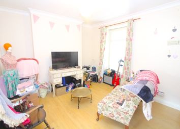 Thumbnail 1 bed flat to rent in Langland Road, Swansea