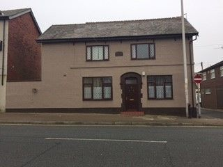 Thumbnail 2 bed cottage to rent in Bloomfield Road, Blackpool