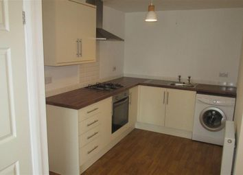 2 bed flat to rent in Glebe Road, Loughor, Swansea SA4