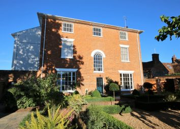 2 bed flat to rent in Northfield House, Northfield End, Henley-On-Thames RG9