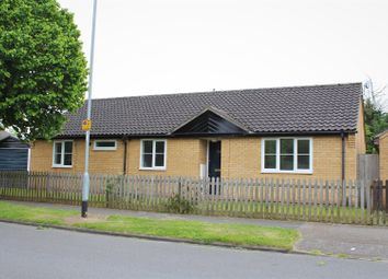 Thumbnail 4 bed detached bungalow for sale in Ramsden Square, Cambridge