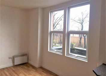 Thumbnail Studio to rent in Ampthill Road, Bedford