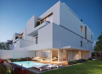 Thumbnail 3 bed apartment for sale in Central, Porto, Portugal