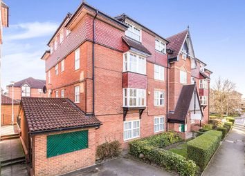 Thumbnail 2 bedroom flat for sale in Bow Arrow Lane, Dartford