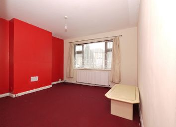 2 bed maisonette to rent in Windsor Road, Forest Gate, London. E7