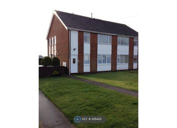 Thumbnail 2 bed flat to rent in Holton-Le-Clay, Grimsby