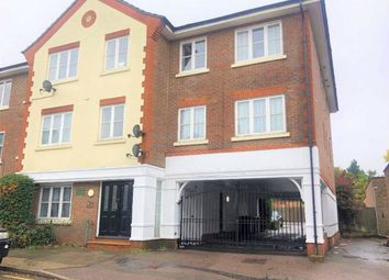 2 bed flat for sale in Lytton Road, New Barnet, Hertfordshire EN5