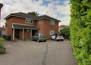 Thumbnail 2 bedroom maisonette to rent in Station Road, Broxbourne