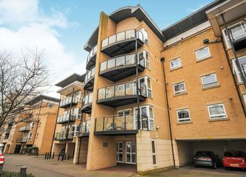Thumbnail 1 bed flat to rent in Sparkes Close, Bromley