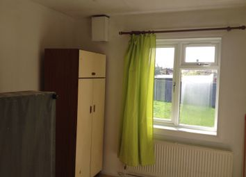 Thumbnail 1 bed flat to rent in Windsor Park Road, Hayes