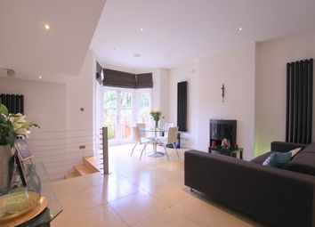 Thumbnail 2 bed flat to rent in Rusholme Road, Putney, London