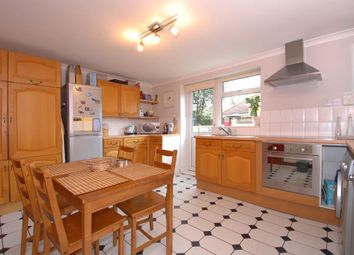 Thumbnail 2 bed flat to rent in Cumnor, Oxford