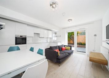 Greyhound Road, London NW10. 2 bed flat