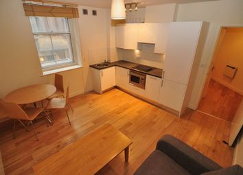 1 bed flat to rent in Crusader House, St Stephen's Street, Bristol. BS1