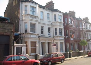 3 bed maisonette to rent in Handforth Road, London SW9