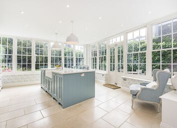 Thumbnail 6 bed detached house to rent in Old Town, London