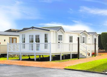 Thumbnail 3 bedroom mobile/park home for sale in Hilton Court, Hilton Road, Bishopbriggs, Glasgow