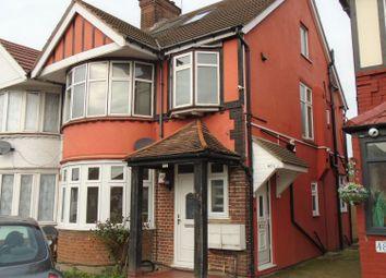 2 bed maisonette to rent in Kenton Road, Harrow HA3