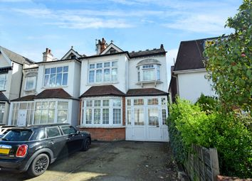 2 bed flat for sale in Granville Road, North Finchley N12