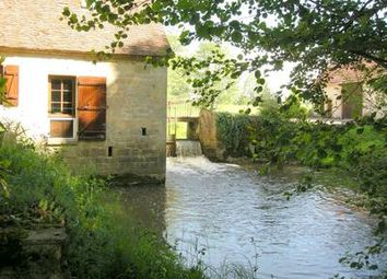 Thumbnail 5 bed property for sale in Montaron, Nièvre, France