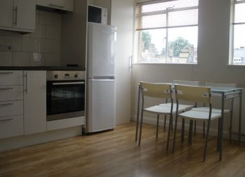 Thumbnail 3 bed flat to rent in Grays Inn Road, London