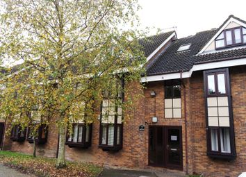 Thumbnail 2 bed flat to rent in Chequers, Hills Road, Buckhurst Hill, Essex.