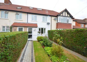 Ashby Avenue, Chessington, Surrey. KT9. 3 bed terraced house
