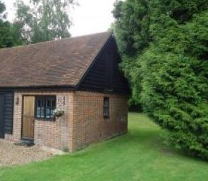 Thumbnail 1 bed cottage to rent in Chithurst Lane, Off Downlands Lane, Crawley